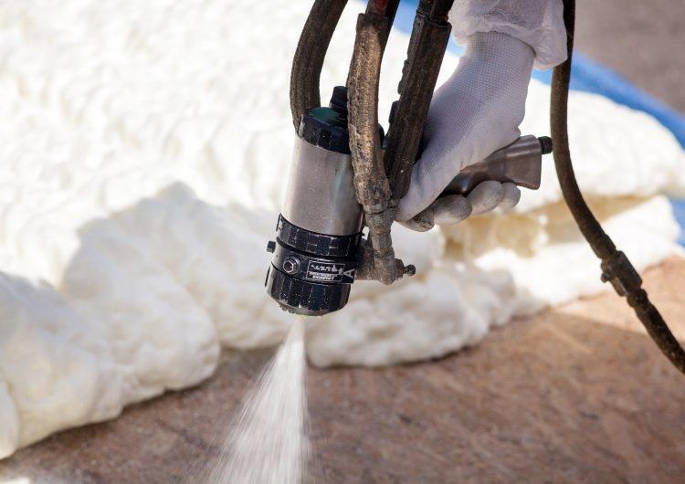 benefits of spray on insulation